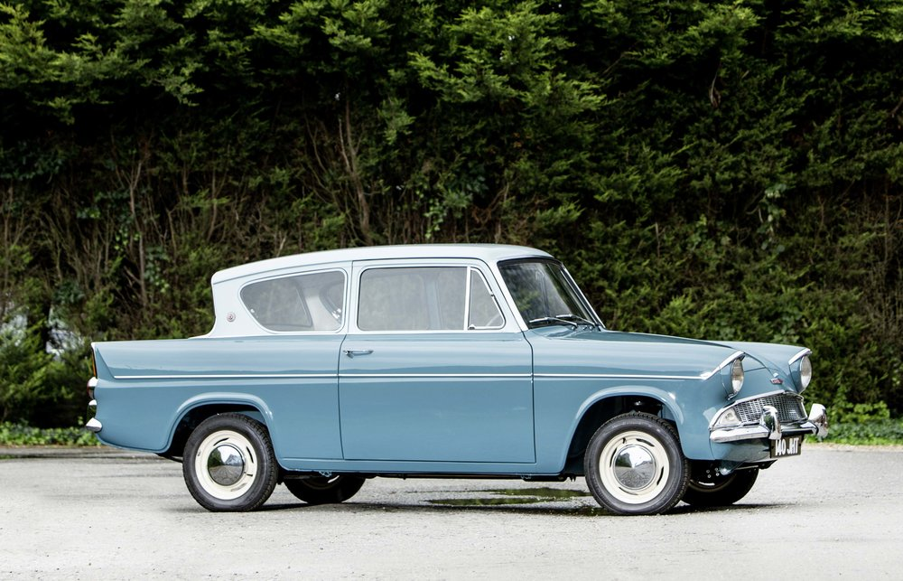 Ford Anglia1mg copy.jpg