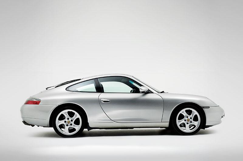 Porsche_911_Generation_5__996__ID21585.jpg