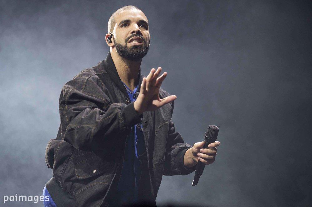 "FAVourite MUSIC RASH SAYS:""R&B, plus hip-hop too. I like Drake and Chris Brown."""