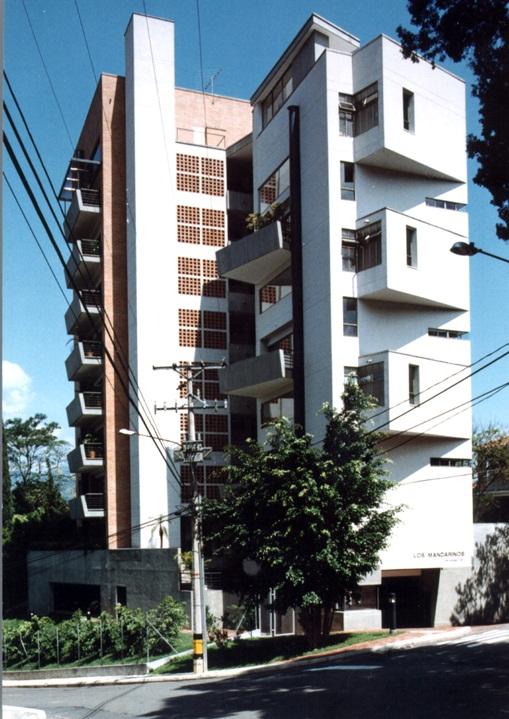 EDIFICIO LOS MANDARINOS