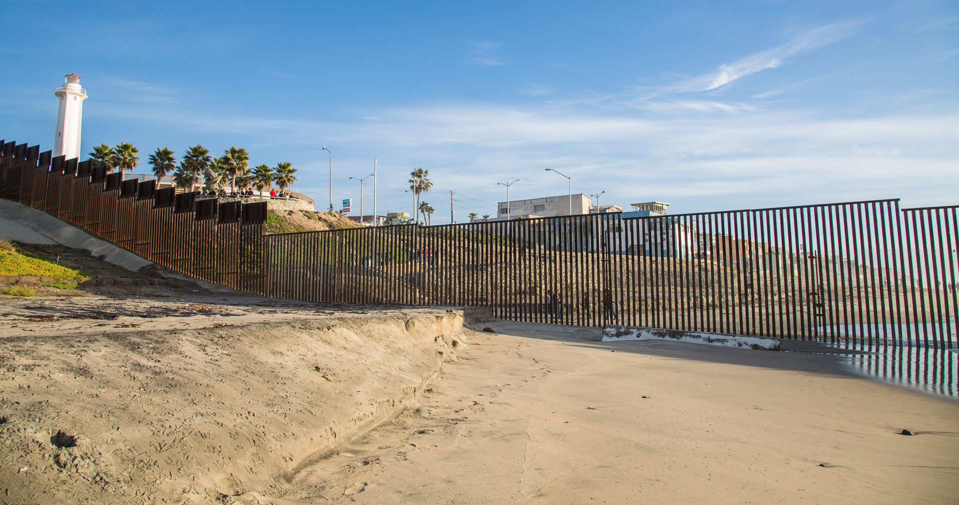 Image Gallery Building The Border Wall An International USMexico - Us south border map