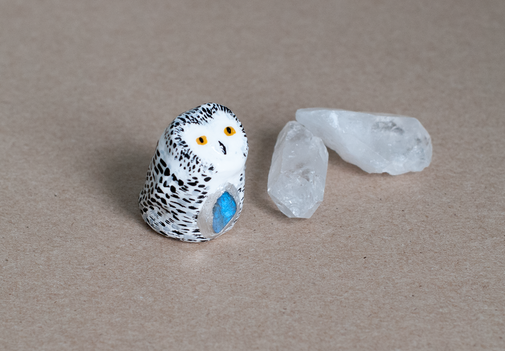 Snowy Owl with Labradorite