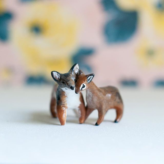 Tonight! Shop update at 8pm EST on my website- I will have bird species miniatures as well as an exclusive BFF collection (like Jackal and Dik Dik pictured; they will be up for adoption in addition to 3 other BFF Totems). Website link is in my profile. Set your clocks! #periwinklenuthatch