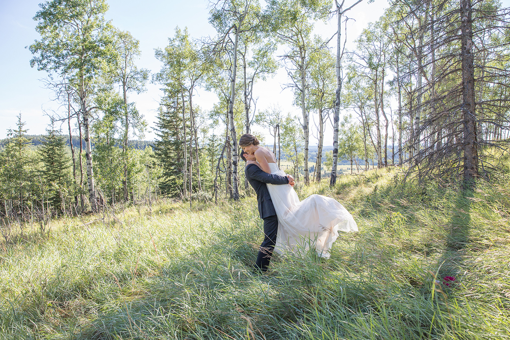 CalgaryWeddingPhotographer-AndreaRob-30_NW2.jpg