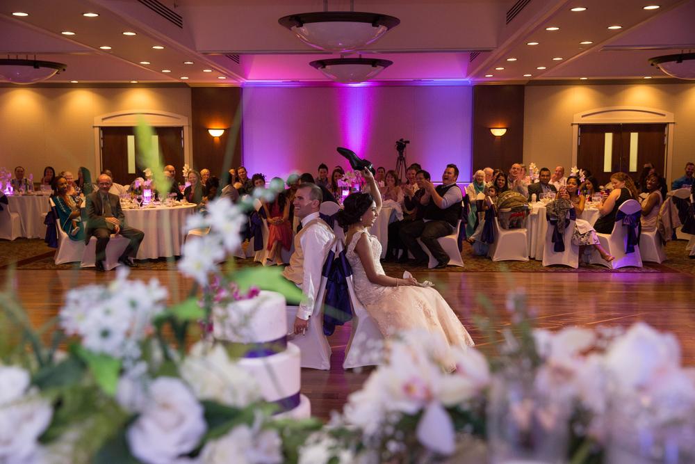 Carriage House Inn Calgary wedding reception photography