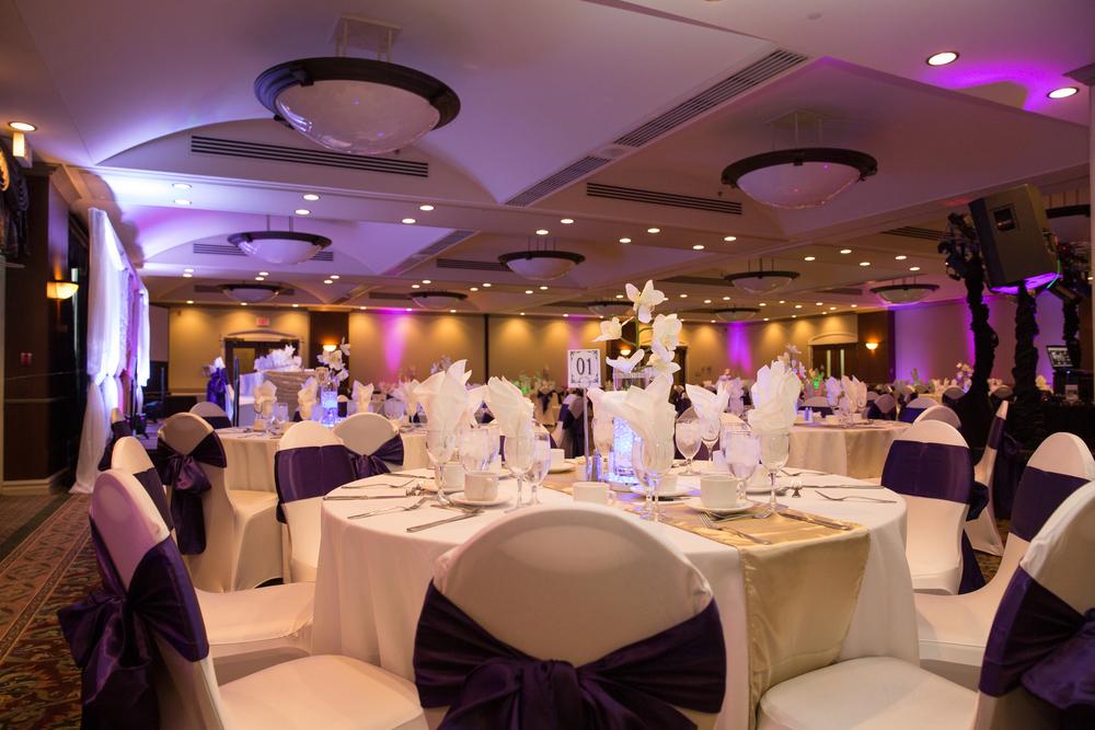 Carriage House Wedding Photography reception decor uplighting Calgary