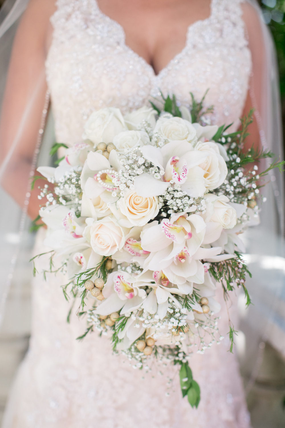 White bouquet and lace dress wedding photography inspiration