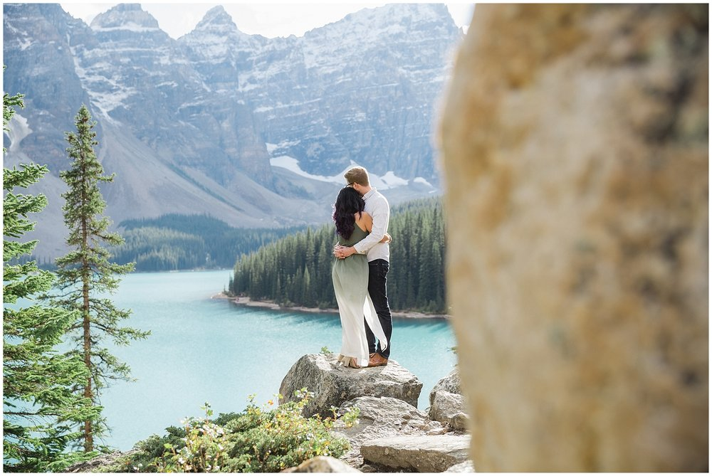 Lake_Moraine_Engagement_Photography_JandC_14_blog.jpg