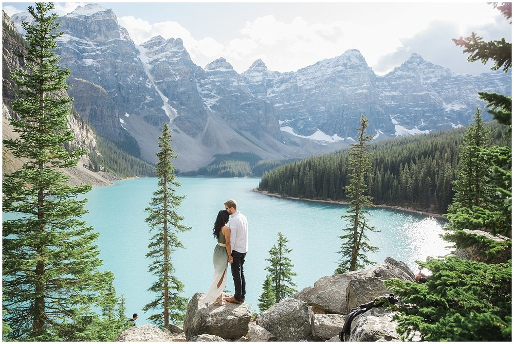 Lake_Moraine_Engagement_Photography_JandC_34_blog.jpg