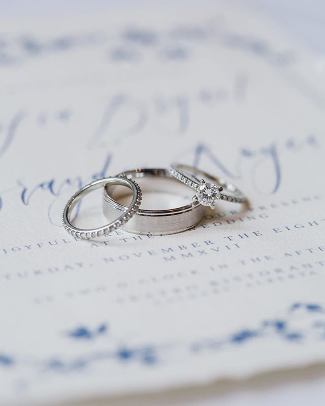 I love this ring! And that gorgeous stationary by @artandalexander is absolutely stunning. 😍  Creative Team Styling: @socialandcoevents Photography: @parrishhousephotos Dress: @blushandravenyyc @yaniv_persy Bouquet: @fallforflorals Hair & Makeup: @_katielynnkerr Stationary: @artandalexander Venue: @teatrorestaurant @teatrogroupweddings Newlyweds: Jenny + Jon  #yycweddingphotographer #calgaryweddingphotography #calgaryweddings #weddinginspiration #elegantwedding #yycweddings #teatroweddings #ringgoals #weddingstationery #canadianwedding #rockymountainwedding #canadianweddingphotographer #weddingrings
