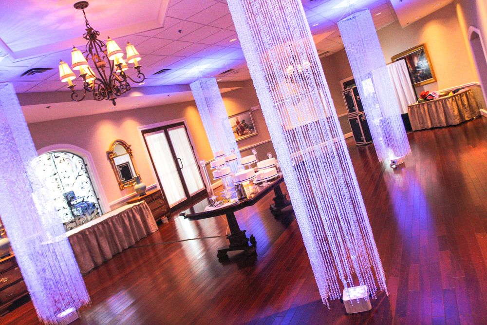 Crystal Columns at Irondequiot Country Club