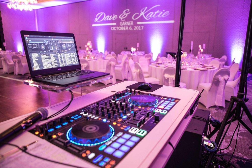 DJ Pedistal