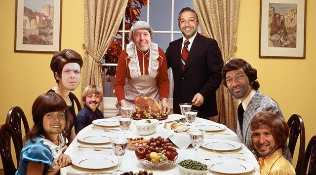 They say that there is nothing as important around the holidays as family. So Happy Thanksgiving from the Sound Express family to yours!
