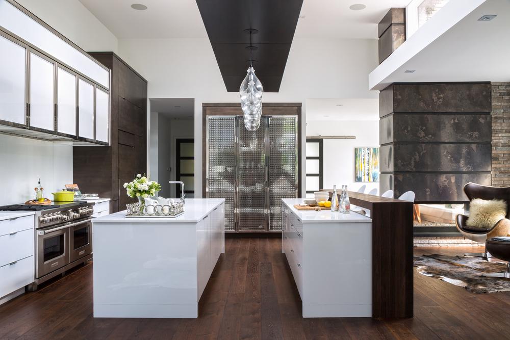 Bachly Kitchen edit.jpg