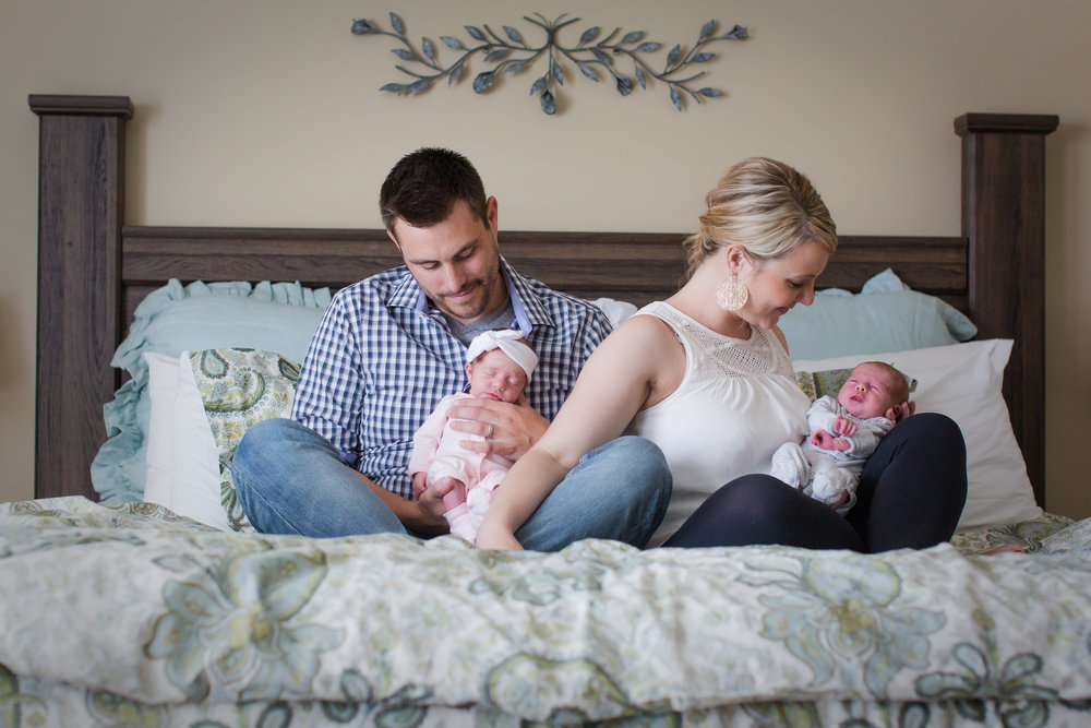 lifestyle_newborn_session_tips_ideas_photography_nursery_white_background_master_bedroom_candid_twins_boy_girl