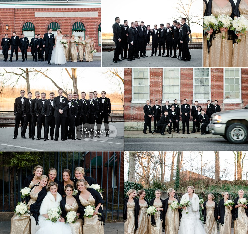 nye_wedding_new_years_eve_sunset_winter_light_photography_poses_wedding_party_bench_stools_large_group_pose_street_scene.jpg