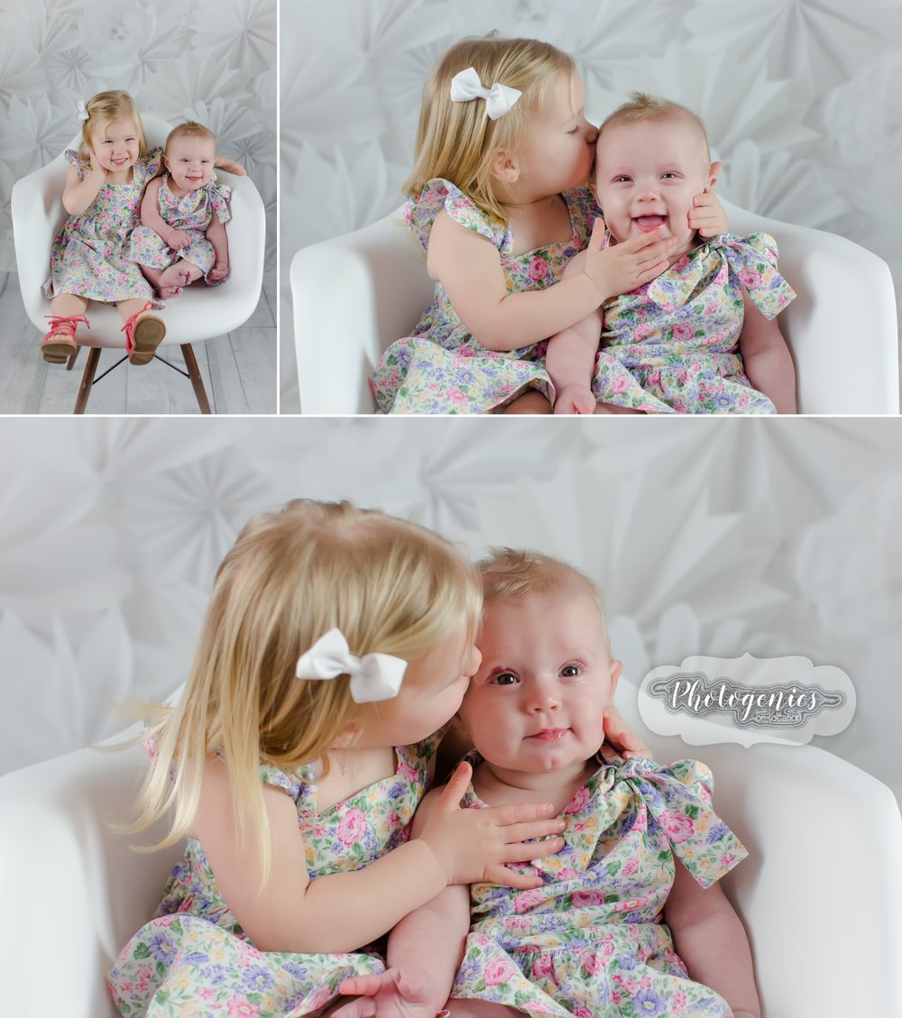 photography_studio_siblings_ideas_poses_what_to_wear_sisters_big_brother_6_months_sitting_up_girly_ideas_pearls_mirror_romper 2