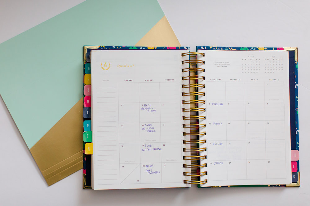work_life_balance_honest_look_working_mom_baby_photographer_tips_lessons_help_advice_schedule_making_own_calendar_planning-1-2
