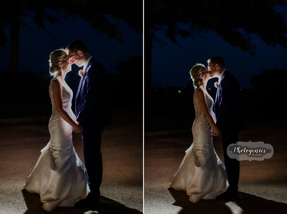 bride_groom_spring_may_wedding_photography_poses_nighttime_night_images