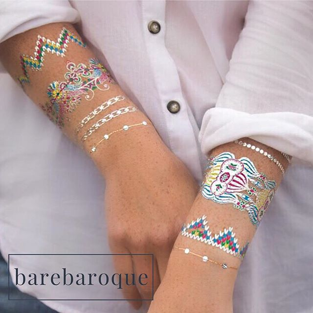 Silver with colour #metallictattoo #jewellery #jewelry #tattoos #bodyart #metallic #silver #flashtattoo #flash #barebaroque #bracelet #braceletstacks #love #fashion #cool #cooltattoos