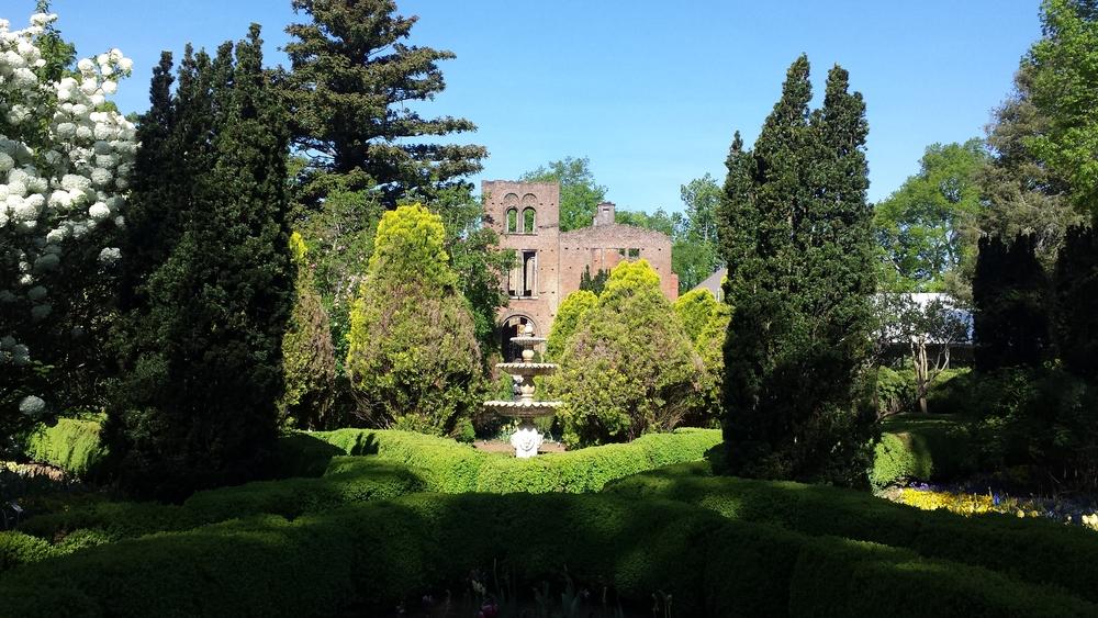Manor Ruins