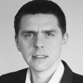Maciek Drozdz, PhD, MBA