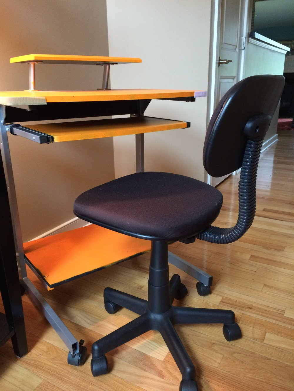 Saying goodbye to my chair & desk