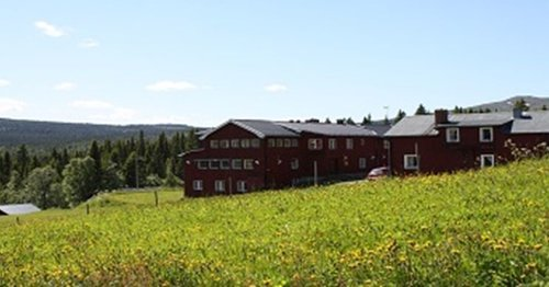 http---edsasdalen.se-media-2146-sommar-vandrarhem.jpg_width=1200&height=630&mode=crop&center=0.5,0.5.jpeg