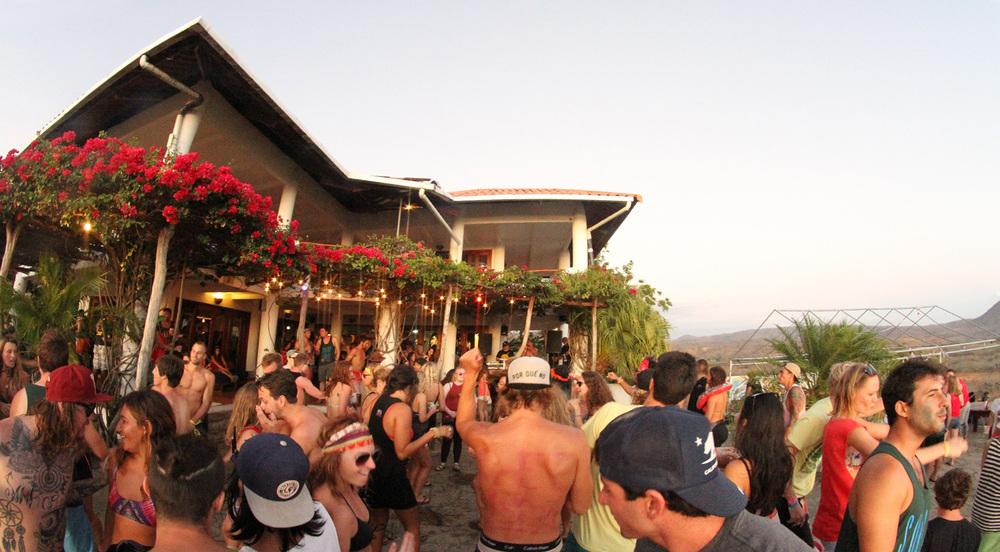 3.2.Sunday.Funday.Naked.tiger.hostel.San.Juan.Del.Sur.Nicaragua.jpg