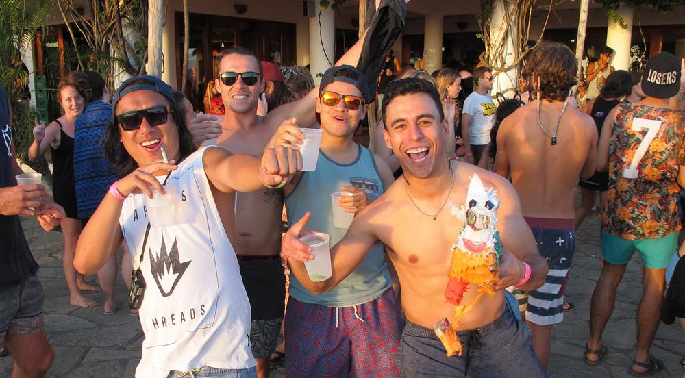 8.2.Sunday.Funday.Naked.tiger.hostel.San.Juan.Del.Sur.Nicaragua.jpg