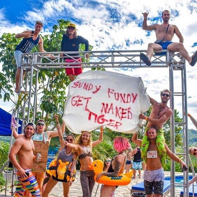Sunday SESH 🐯🍻☀️ $1 Beer $2 Fireball Free shuttles / free entry . . . #nakedtigerforever #nakedtigerhostel #travel #surfer #surf #tigershavemorefun #sundayfunday #hostellife #partyhostel #hostel #hostelworld #aussies #girlslovetravel #backpacking #backpacker #tropicalparty #nicalife #sanjuandelsur #nicaragua #hilltribe #doesntgetbetterthanthis #lovetravel #meettheworld #flordecana #toña #centralamerica