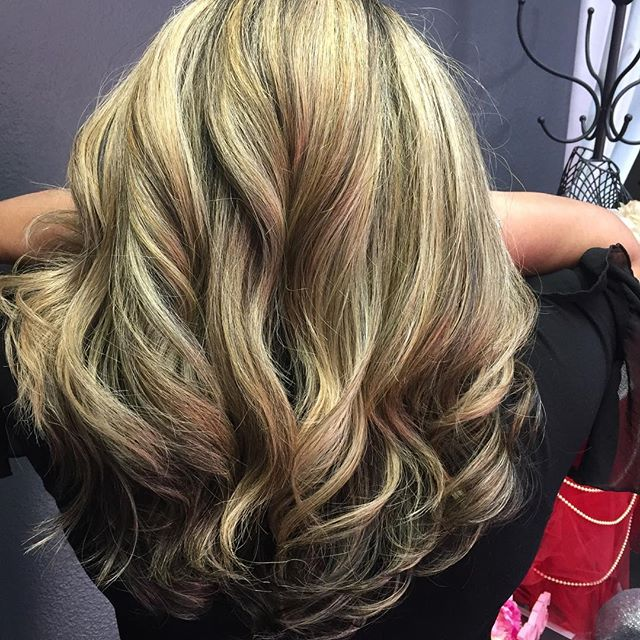#fallhair #loveyourhair #goldhighlights #beautiful