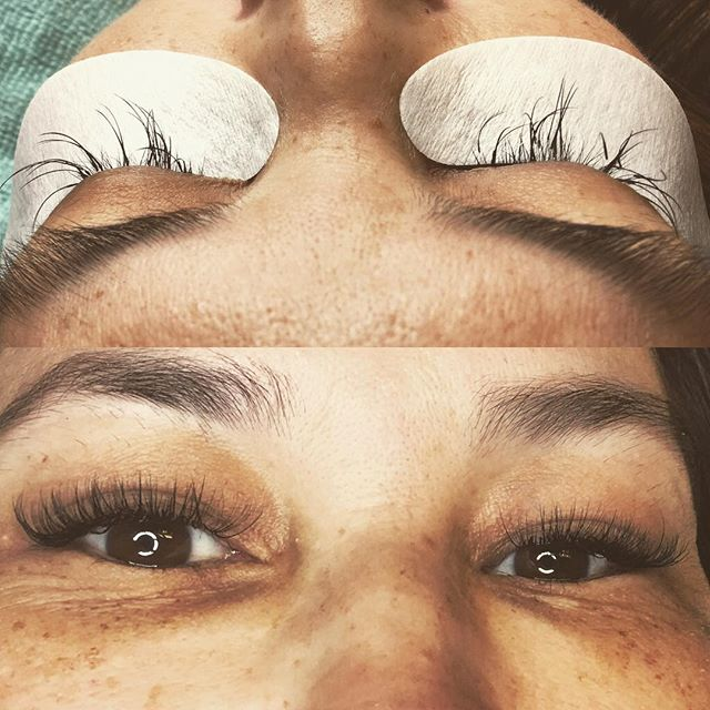 What a difference! This lovely lady came from out of state looking to get a fill. The lashes that she had on were too heavy and too long for her eyes. So I talked her into trying something #different by removing the old and #inwiththenew  Come to find out....this is the look she has been wanting and I am sooo happy I was able to deliver😍😍 DM for any questions🤗 📱520-831-0199 #lashvegas #lashes #amust #gorgeouseyes #summerlinlashes #crystallashes #veganlashes #yegilashes #lashboxla #hybridset #lashtransformation #lashlove #doyouwantto #curious #whynot #thiscouldbeyou #thisiswhyilovewhatido❤️ #esthetician #lasvegasesthitician #prettylashes #itsfuntobeagirl #lashnap #wakeupbeautiful