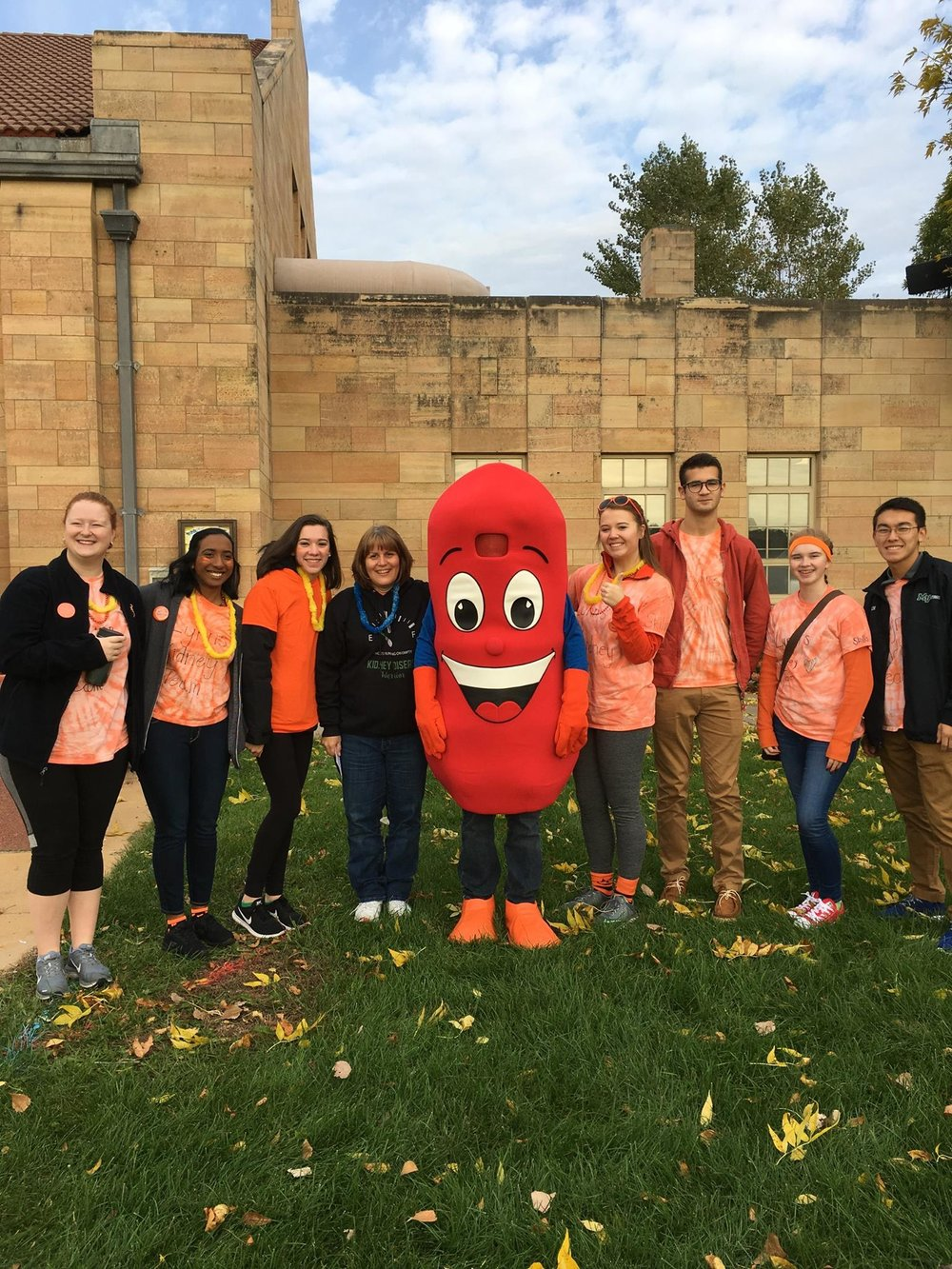 Lynn Nelson Group with Kidney Mascot.jpg