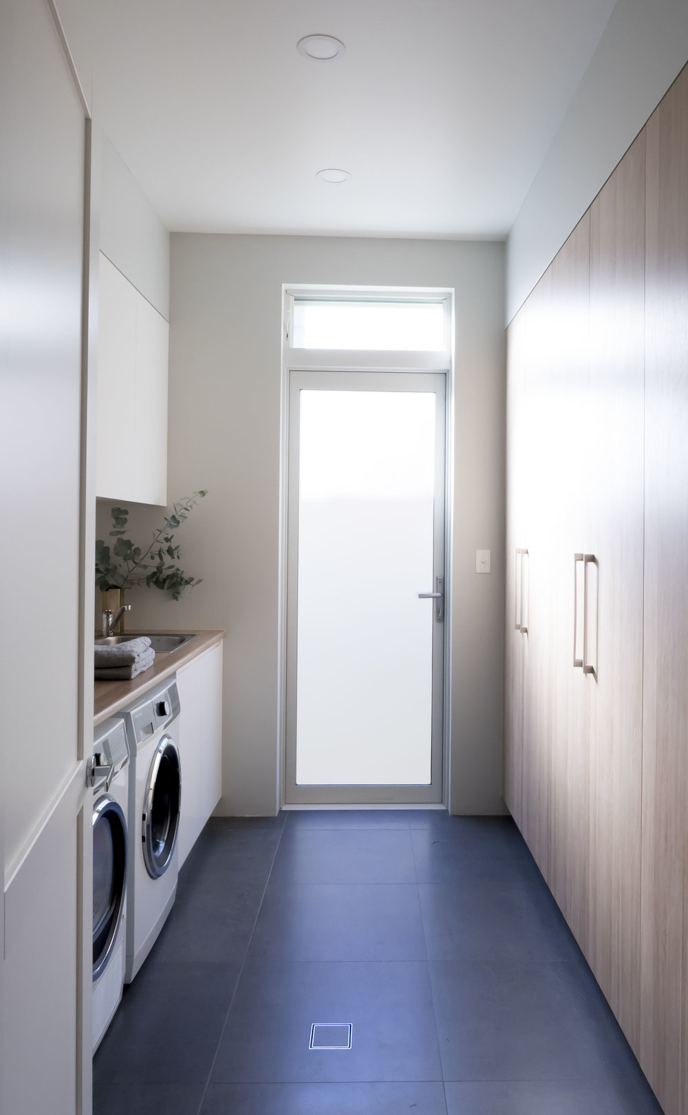 Sav's Laundry.jpg