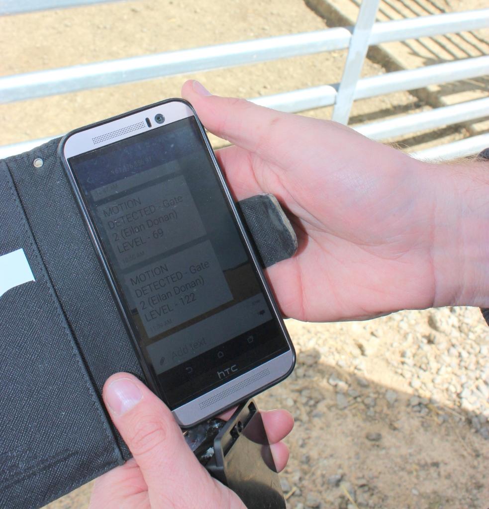 Smart Phone monitor sml.jpg