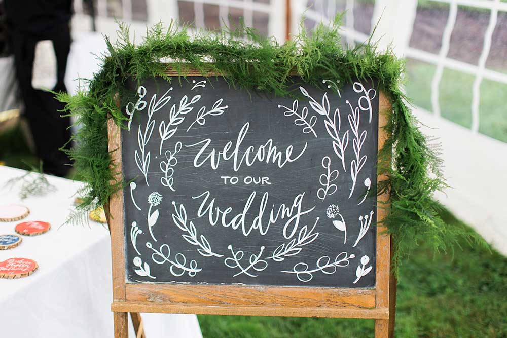 lisa_byron_wedding_sign.jpg