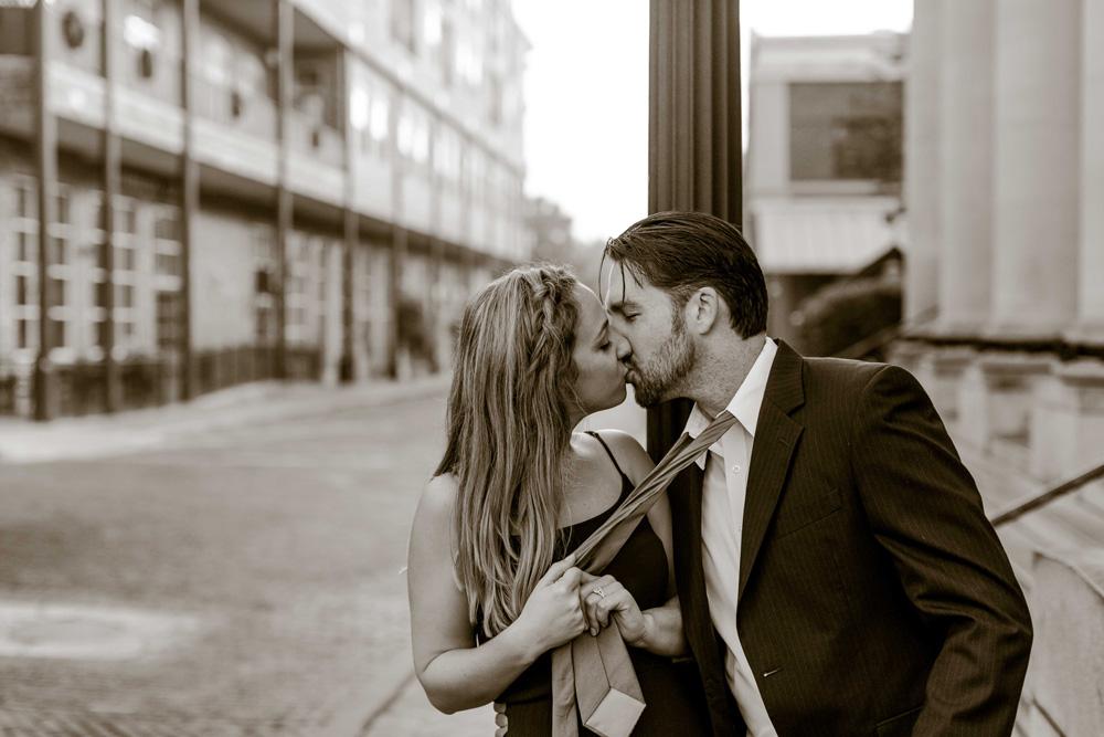 dude_nicole_street_kiss_bw.jpg