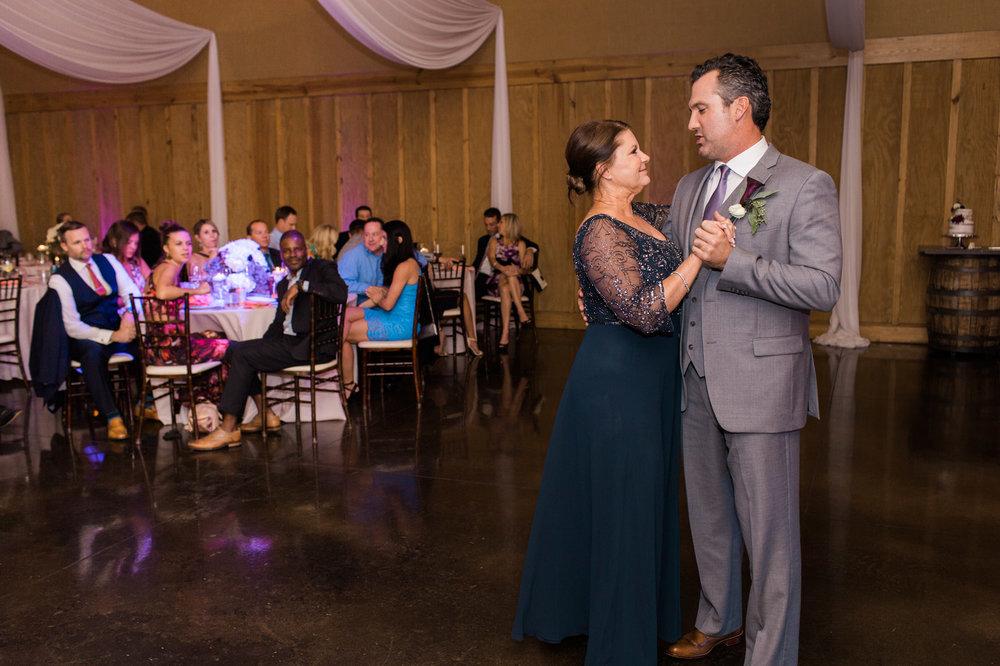 ©BlueSleeve-vaughan-wedding-2100.jpg