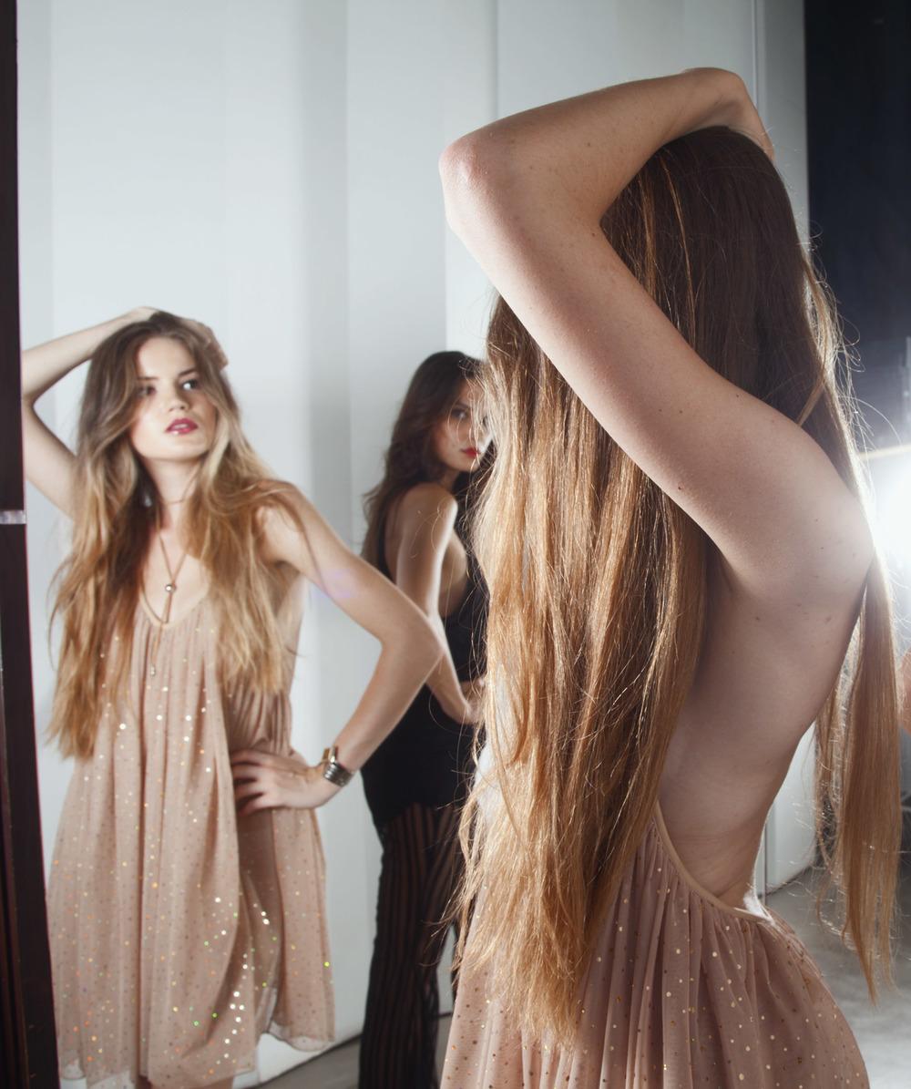 Ana_Magda_Mirror_04.jpg
