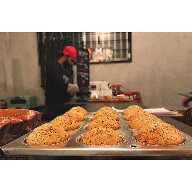 Chai tea muffins and caramel pound cake 🍰