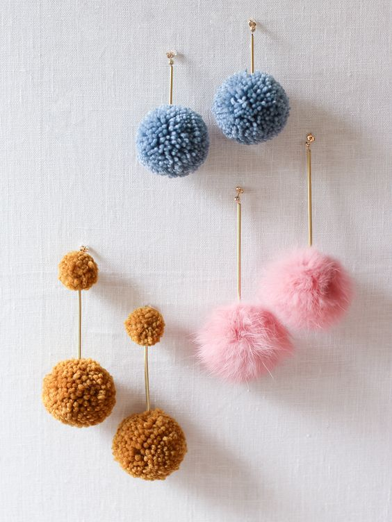 credit: http://honestlywtf.com/diy/diy-pom-pom-earrings/
