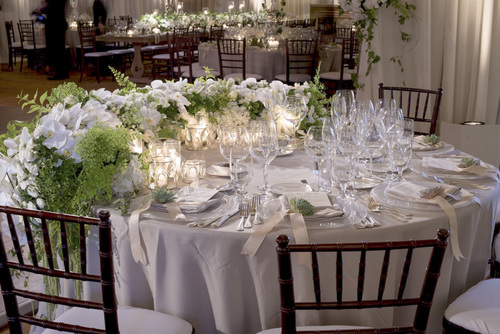 Resort at pelican hill wedding eddie zaratsian lifestyle design white green and metallic wedding reception tabletop and centerpieces at the resort at pelican hill junglespirit Images