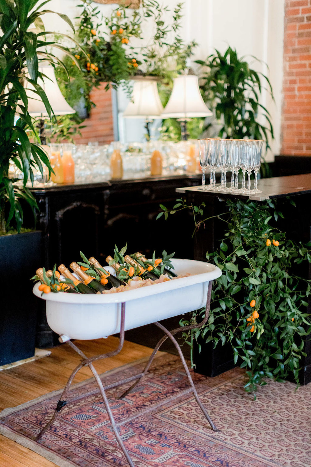 Floral bar and Champagne display at the Allison Webb Spring 2019 Bridal Fashion Event, Designed by Eddie Zaratsian, Photo by Jessica Grazia Mangia Photography