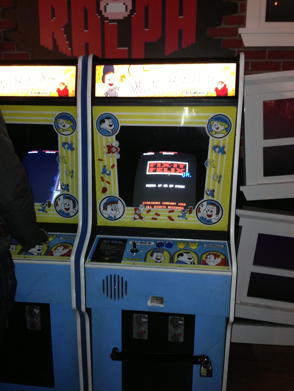 Fix It Felix Jr. Arcade Cabinet