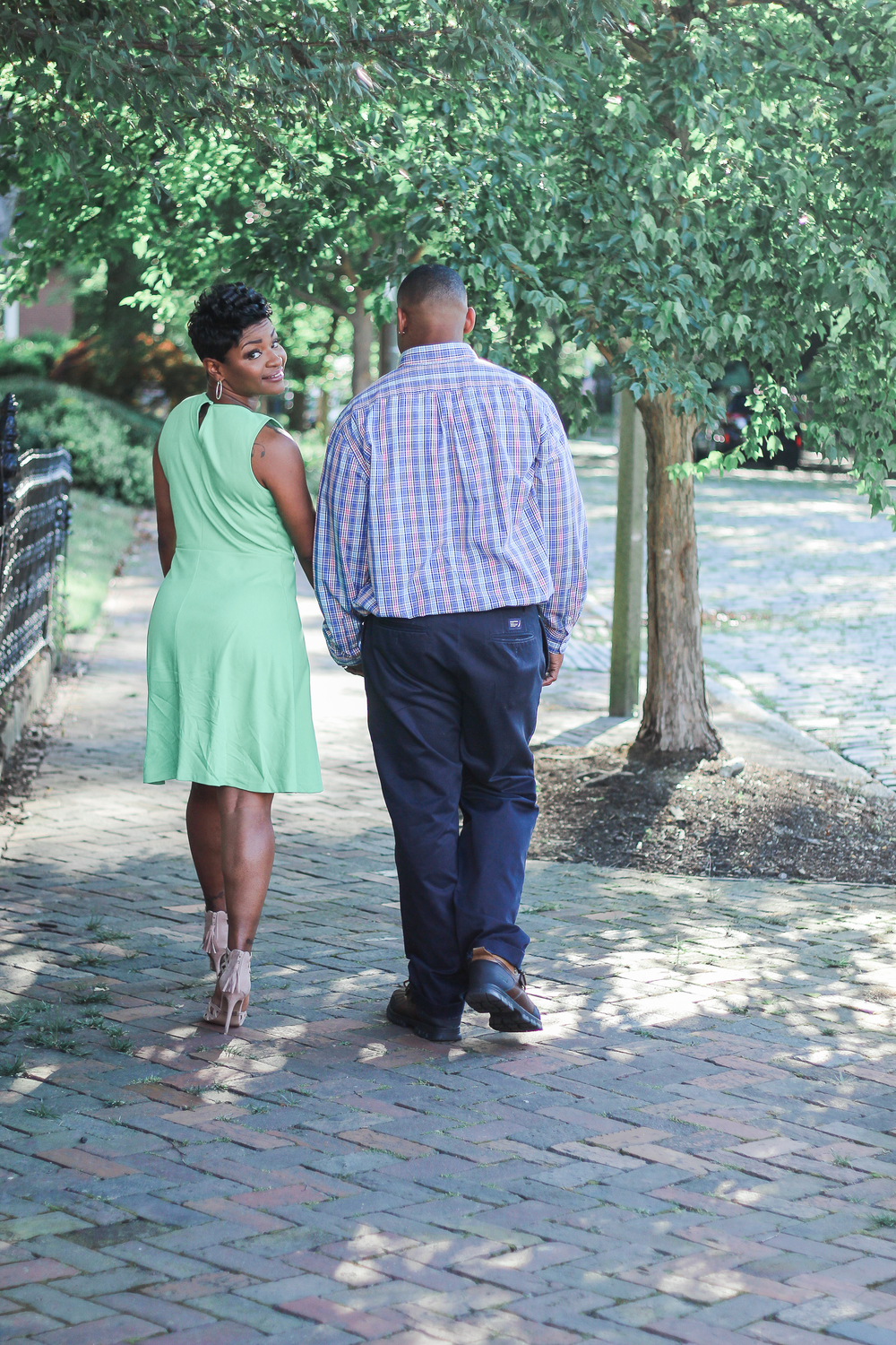 weddings-downtown-norfolk-engagement-session