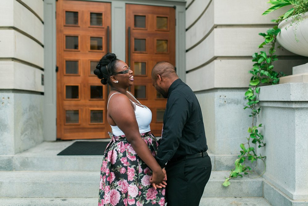 slover-library-downtown-norfolk-engagment-session