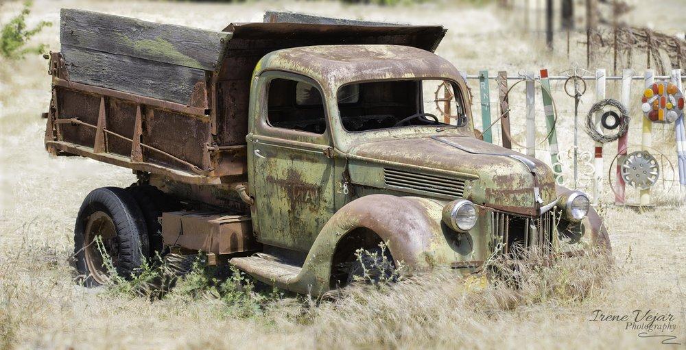 Vintage Truck - Drum Canyon