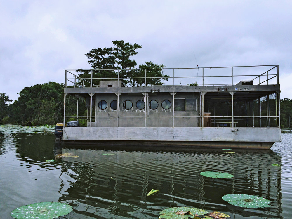 bayouboat2.jpg