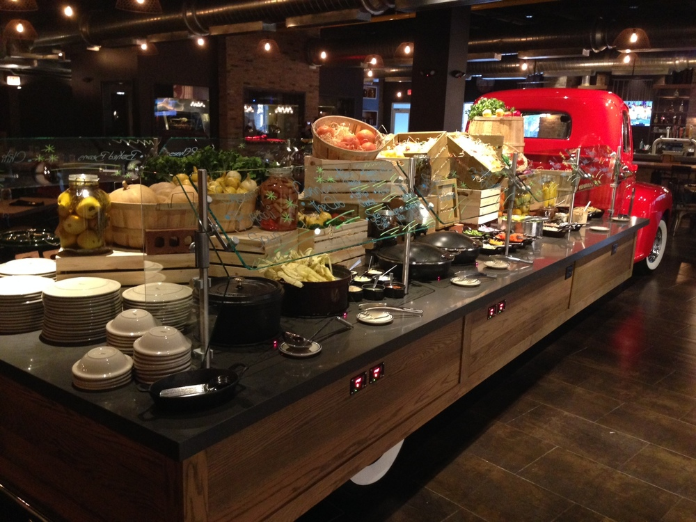 Flatbed-Buffet-at-AmericanQ-2.jpg